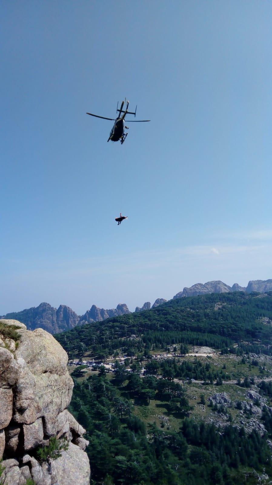 Corse : Un homme se blesse en faisant de l'escalade à Bavella