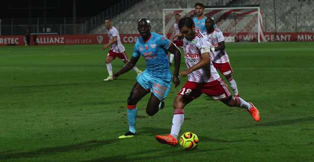 Football Ligue 2 : Un bon nul de l'ACA face à Lorient (0-0)