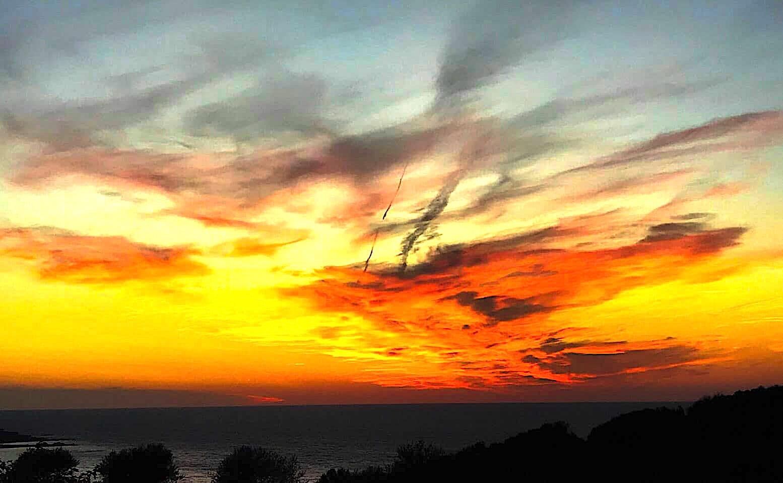 La photo du jour : Kaléidoscope de couleurs dans le ciel du canal de Corse