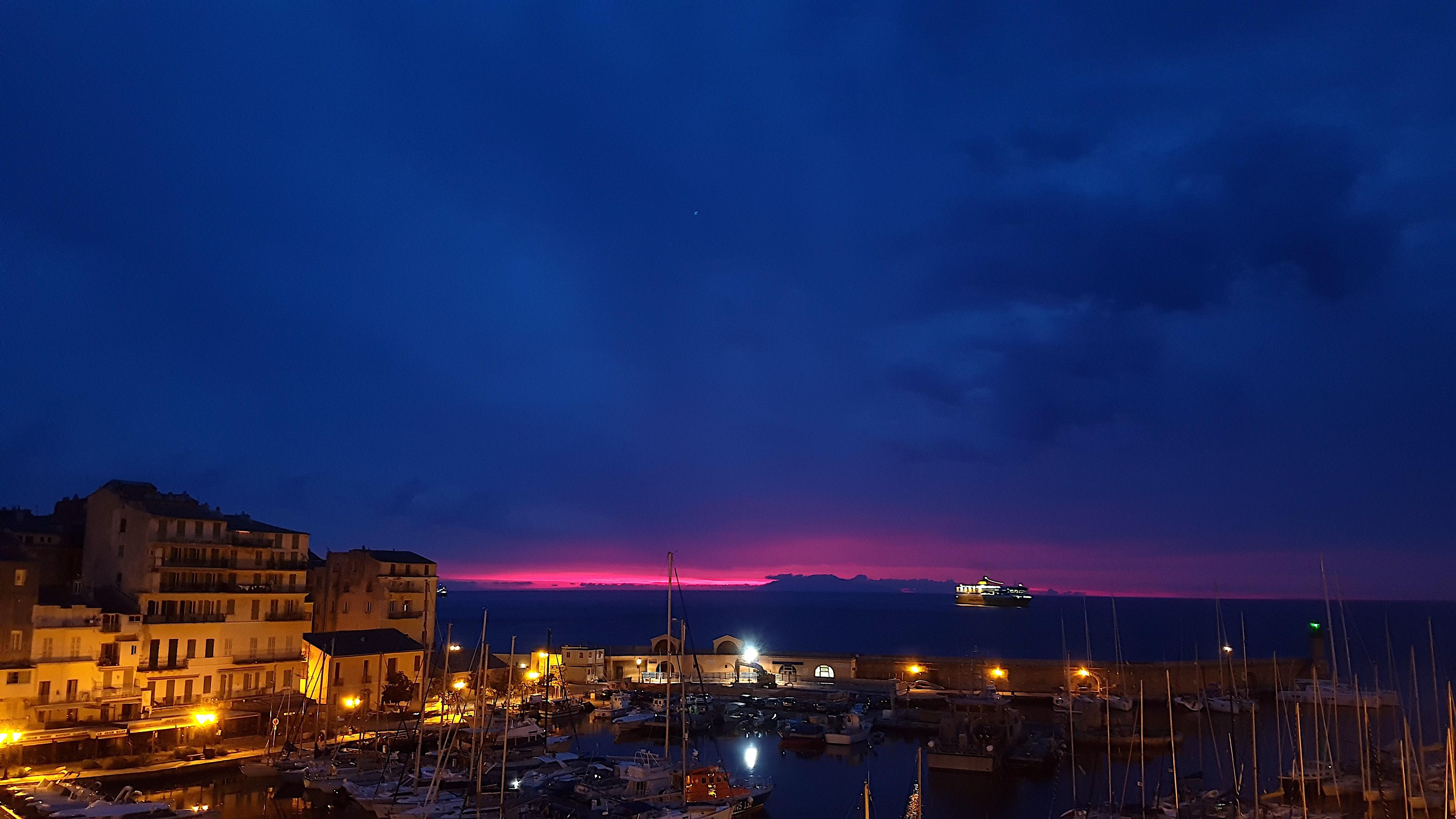 La photo du jour : U Vechju Portu di Bastia à l'albafiò