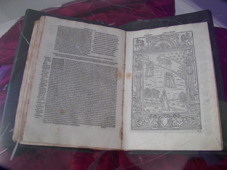 La Divine comédie de Dante, un des trésors de la bibliothèque Prelà