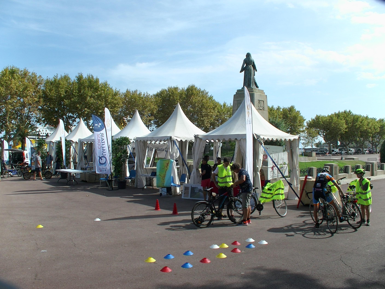 Un village de la mobilité s'était dressé samedi sur la place St Nicolas à Bastia