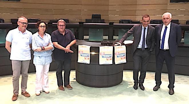 Gilles Simeoni, président de l'Exécutif de Corse, et Saveriu Luciani, conseiller exécutif en charge de la langue corse, ont présenté l'édition 2018 de Linguimondi qui aura lieu ce vendredi à Ajaccio