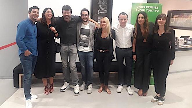 Stéphane Plaza en compagnie de toute son équipe de l'Agence d'Ajaccio