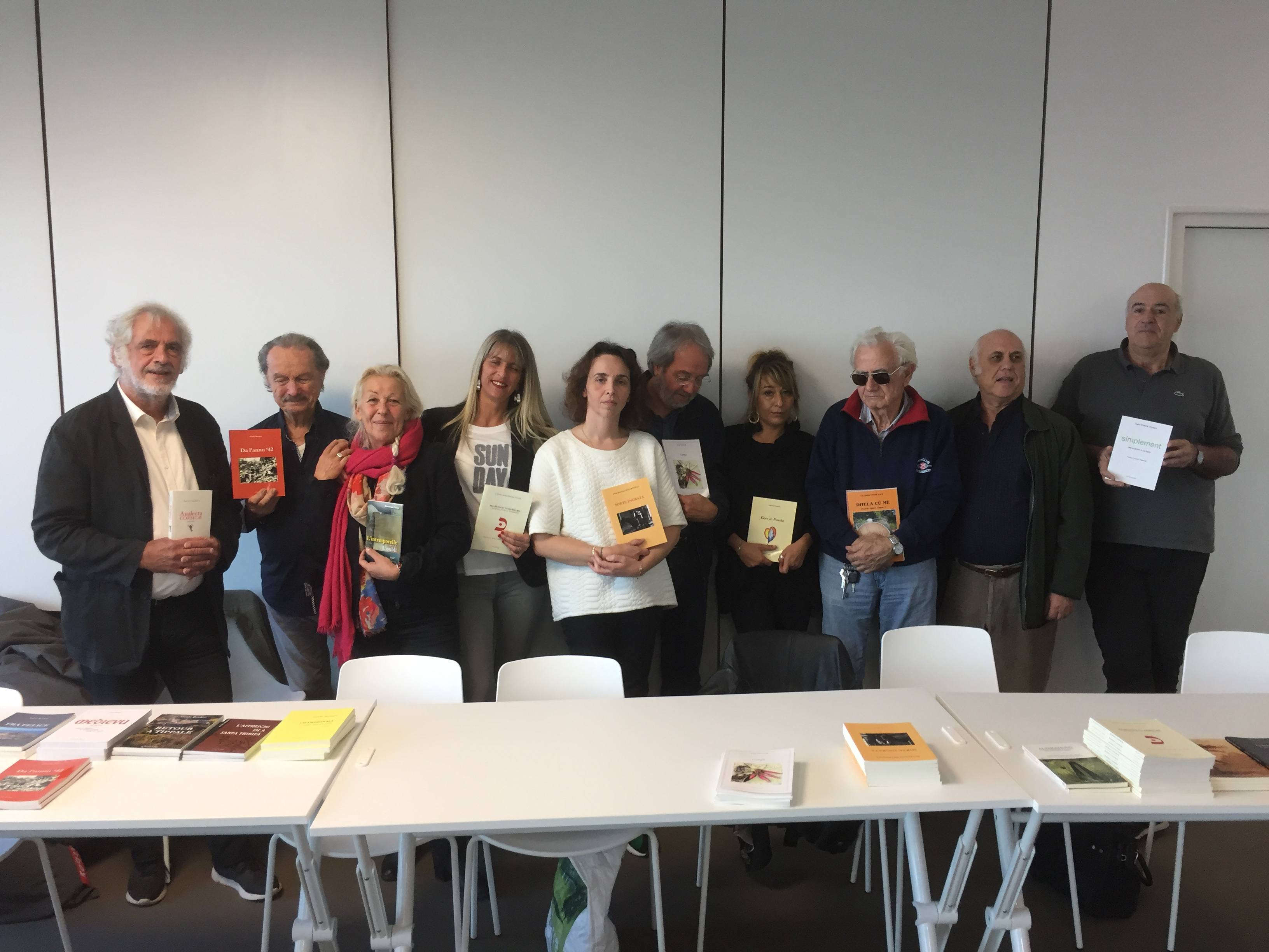 Auteurs et éditeur de Fior di carta réunis à l'Alb'Oru