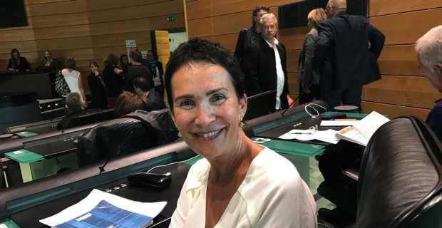 Assistante sociale, responsable d'une unité territoriale d'action sociale à la CDC dans le cadre de la polyvalence de secteur.