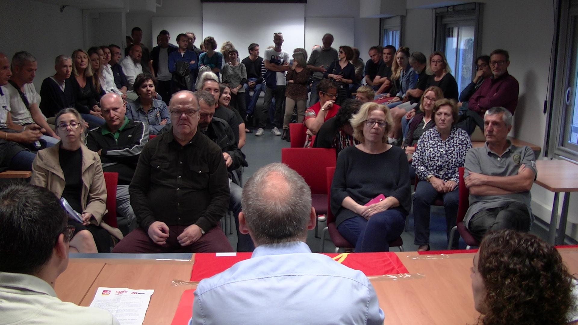 Les agents des impôts, inquiets du devenir des perceptions en Haute-Corse.