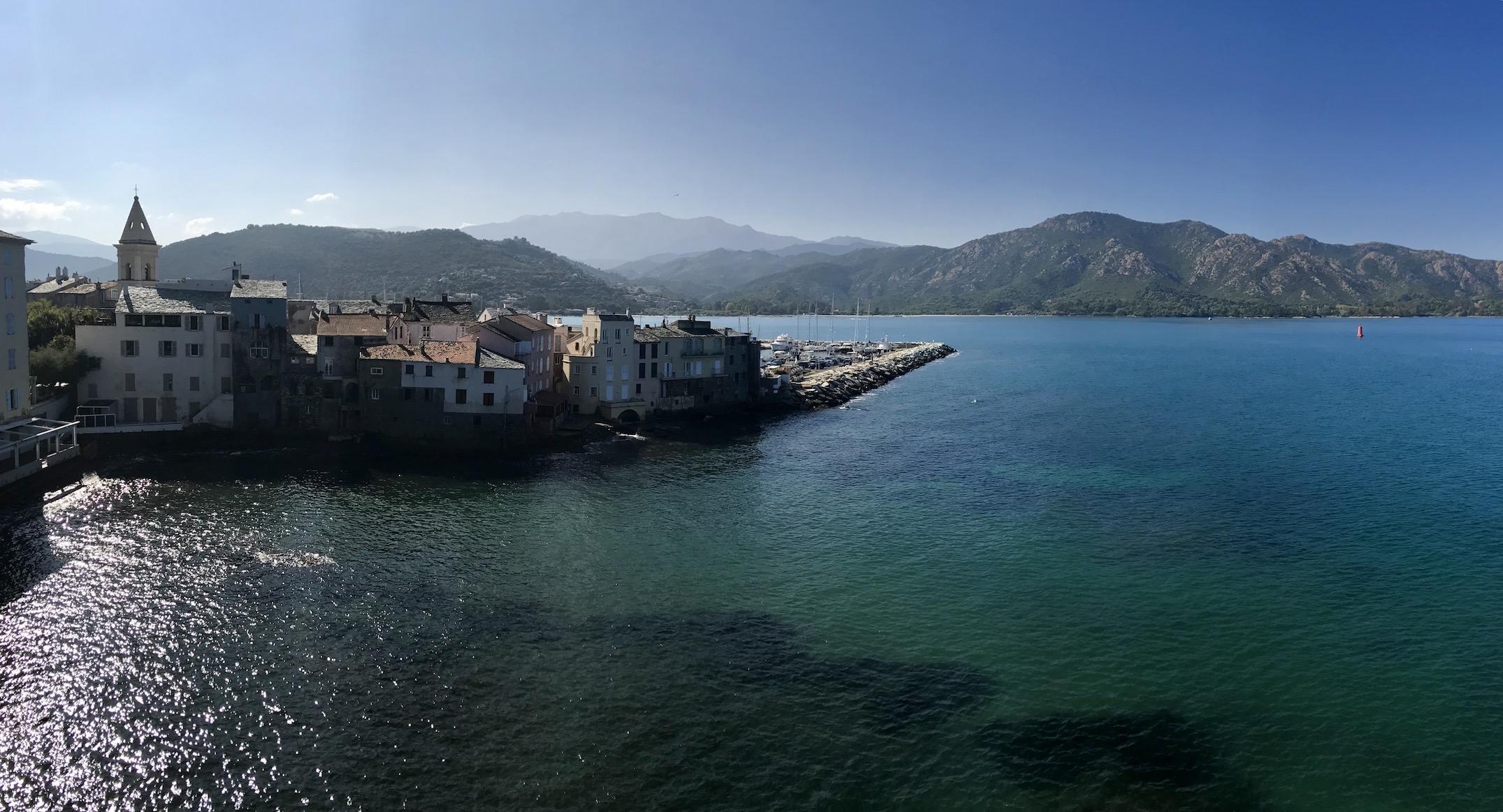 La photo du jour : San Fiurenzu comme posé sur la mer
