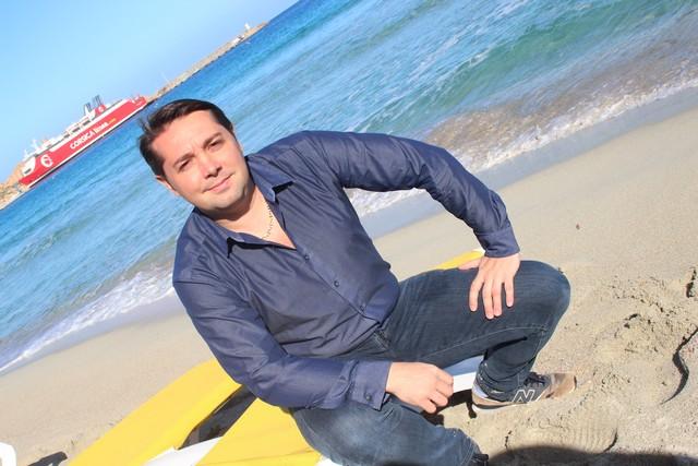 Sur la plage de l'Ile-Rousse le chef étoilé Nicolas Decherchi
