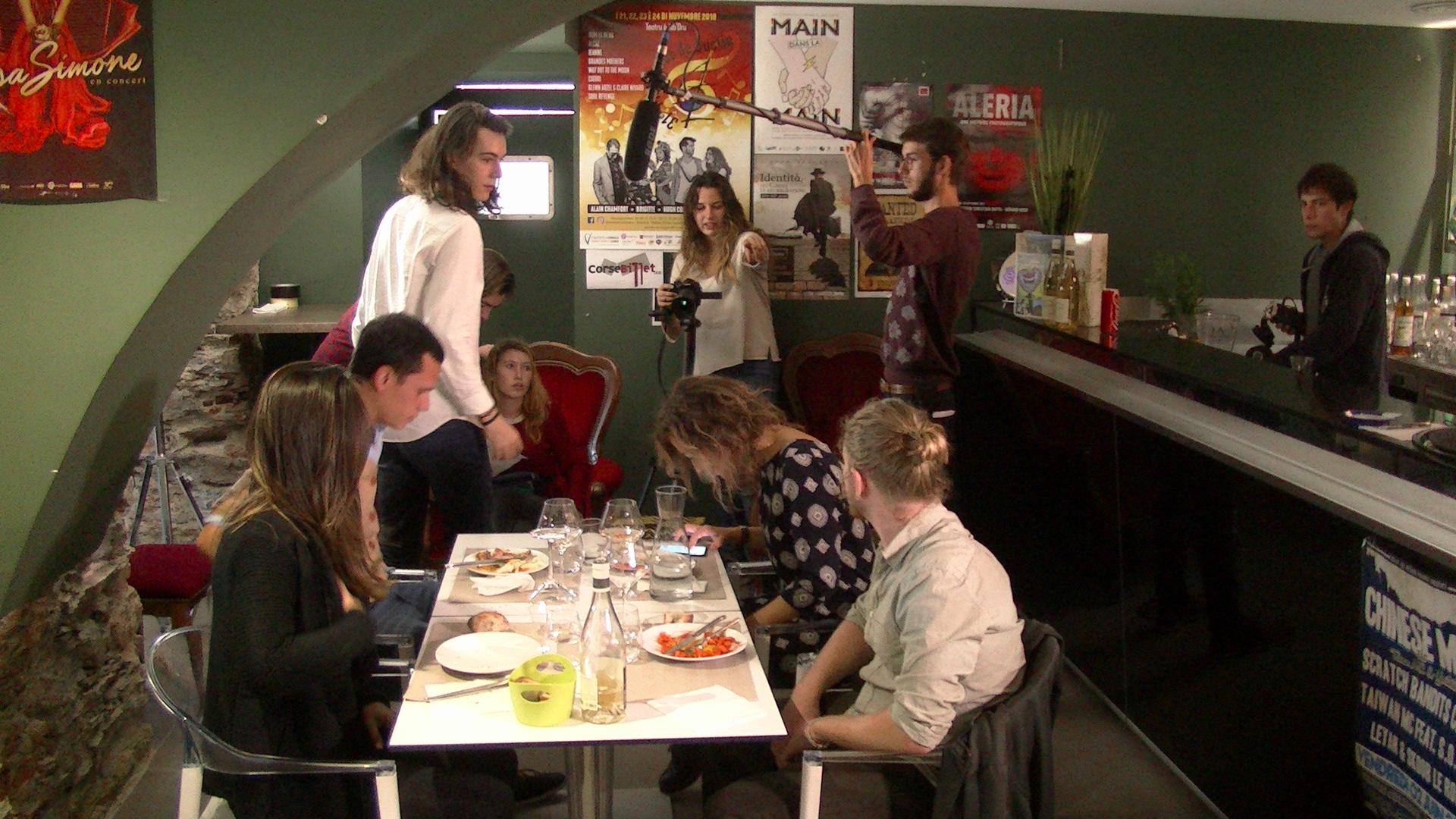 """Tournage du court-métrage """"Le partage de l'addition"""" de Tara Mollet"""