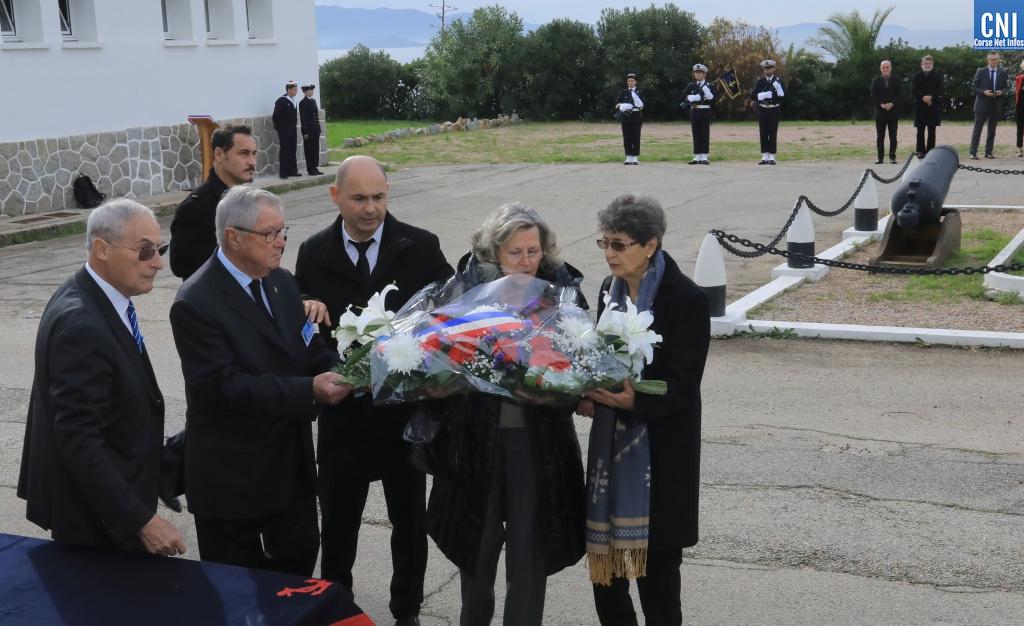 L'hommage des autorités civiles et militaires et des familles des disparus (Photo Michel Luccioni)