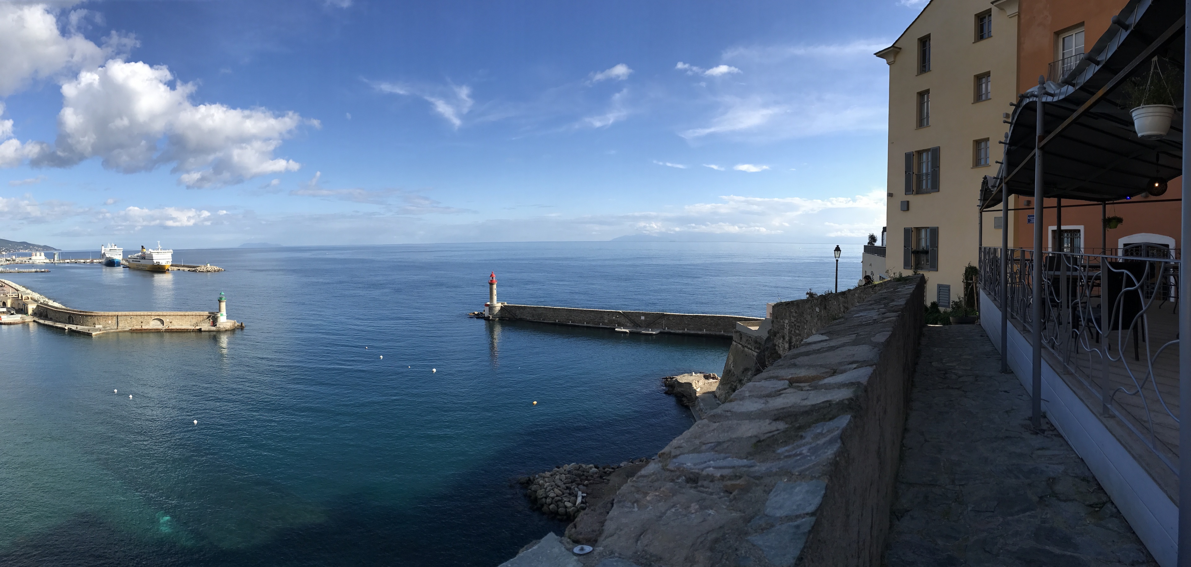 La photo du jour : Bastia un jour de beau temps…