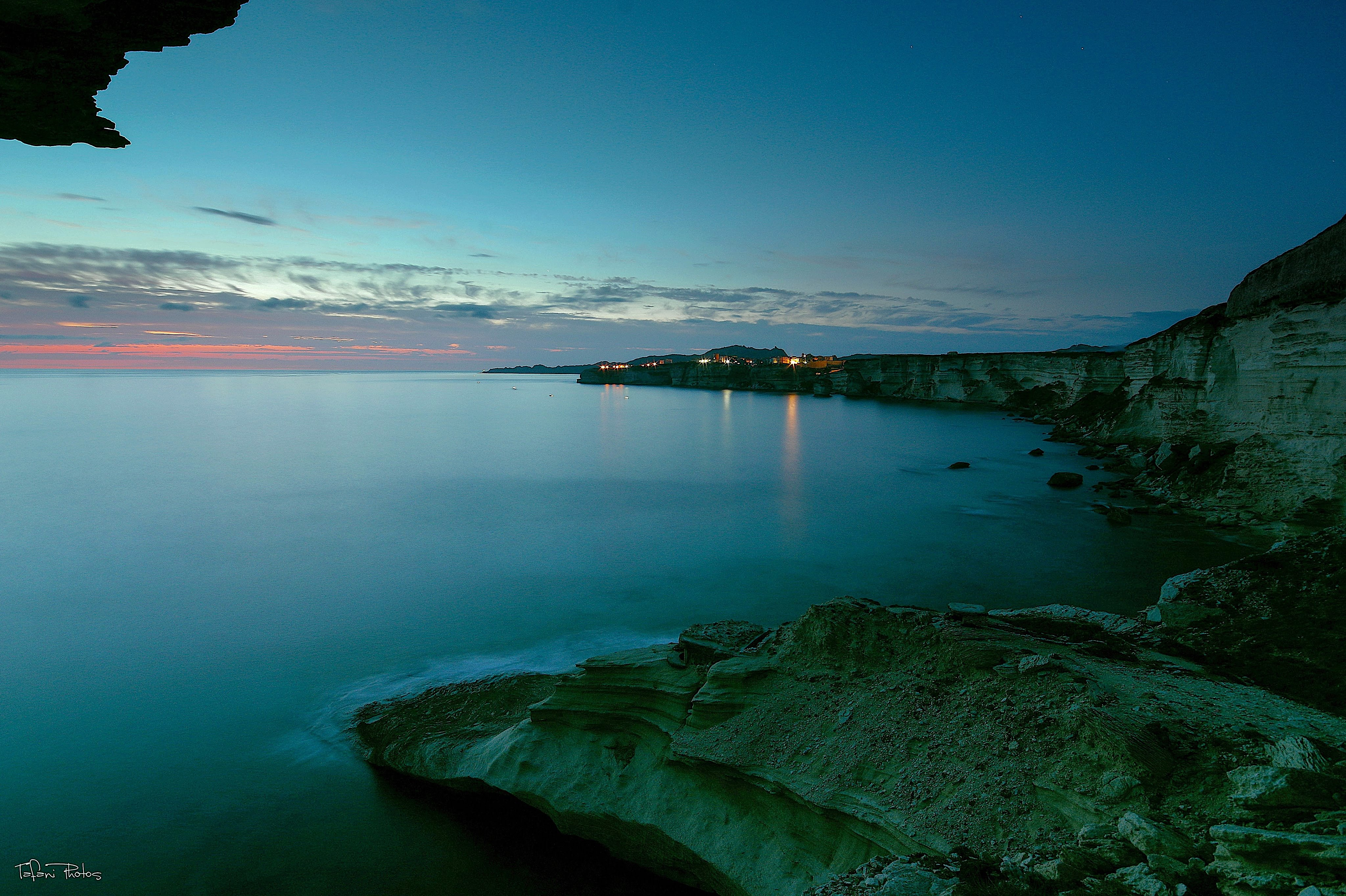 La photo du jour : Les petites lumières de Bonifacio