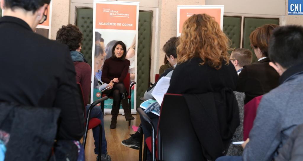Julie Benetti rectrice de Corse répond aux questions des élèves de 4ème / Photos Michèl Luccioni
