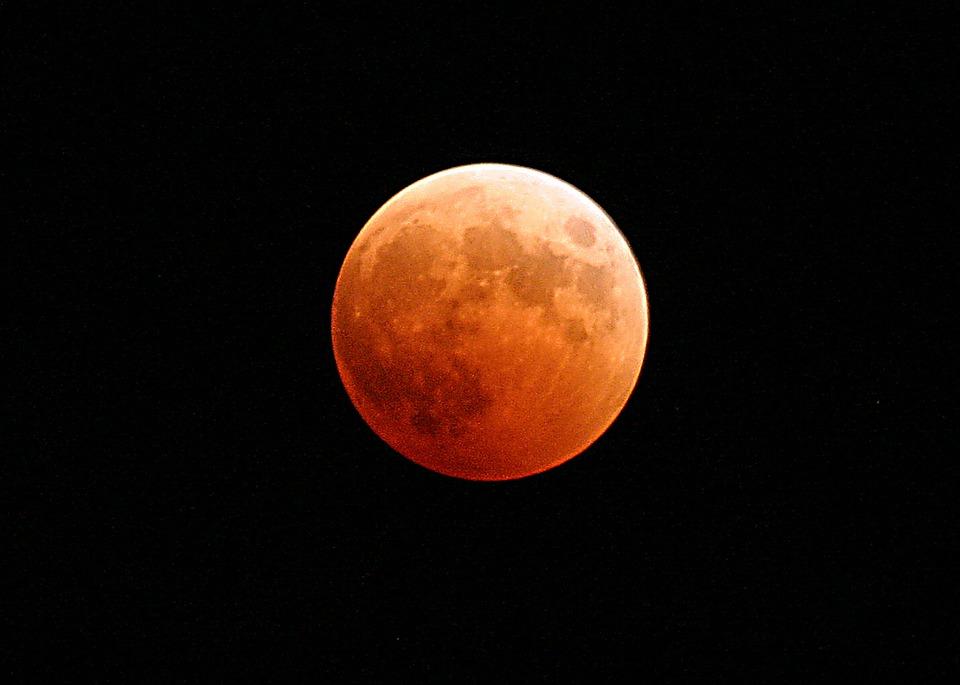 Éclipse de Lune dans la nuit du 20 au 21 janvier : à quelle heure l'observer ?