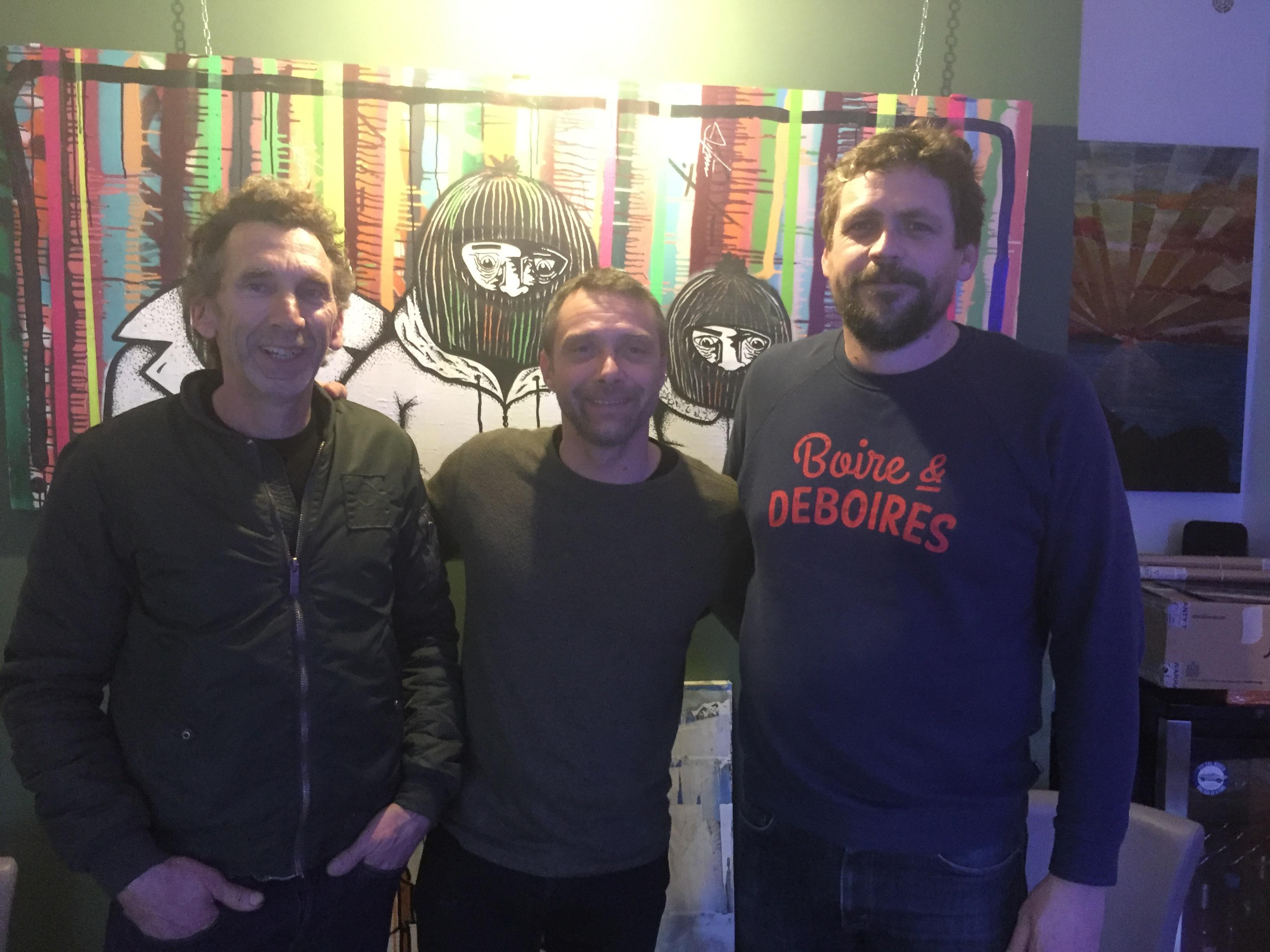 """René Rossi, président de l'association """"Citadelle de Bastia"""", entouré des artistes du collectif """"Dude Corp"""""""