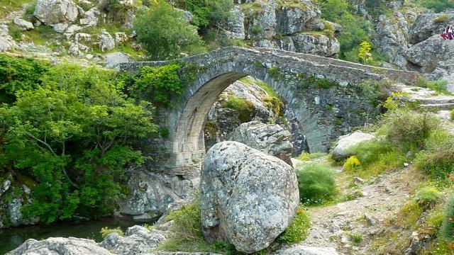 La photo du jour : Le pont génois d'Ascu