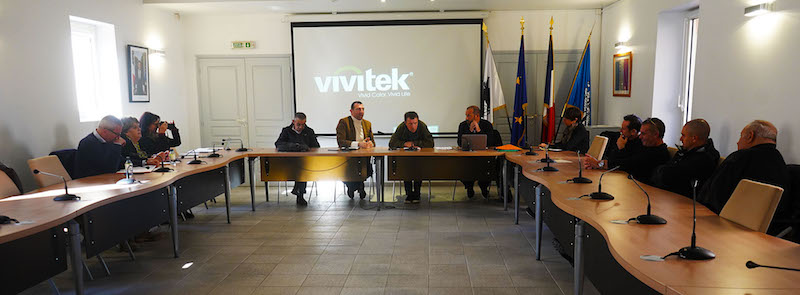 Iles Lavezzi  : l'équilibre délicat entre tourisme et environnement
