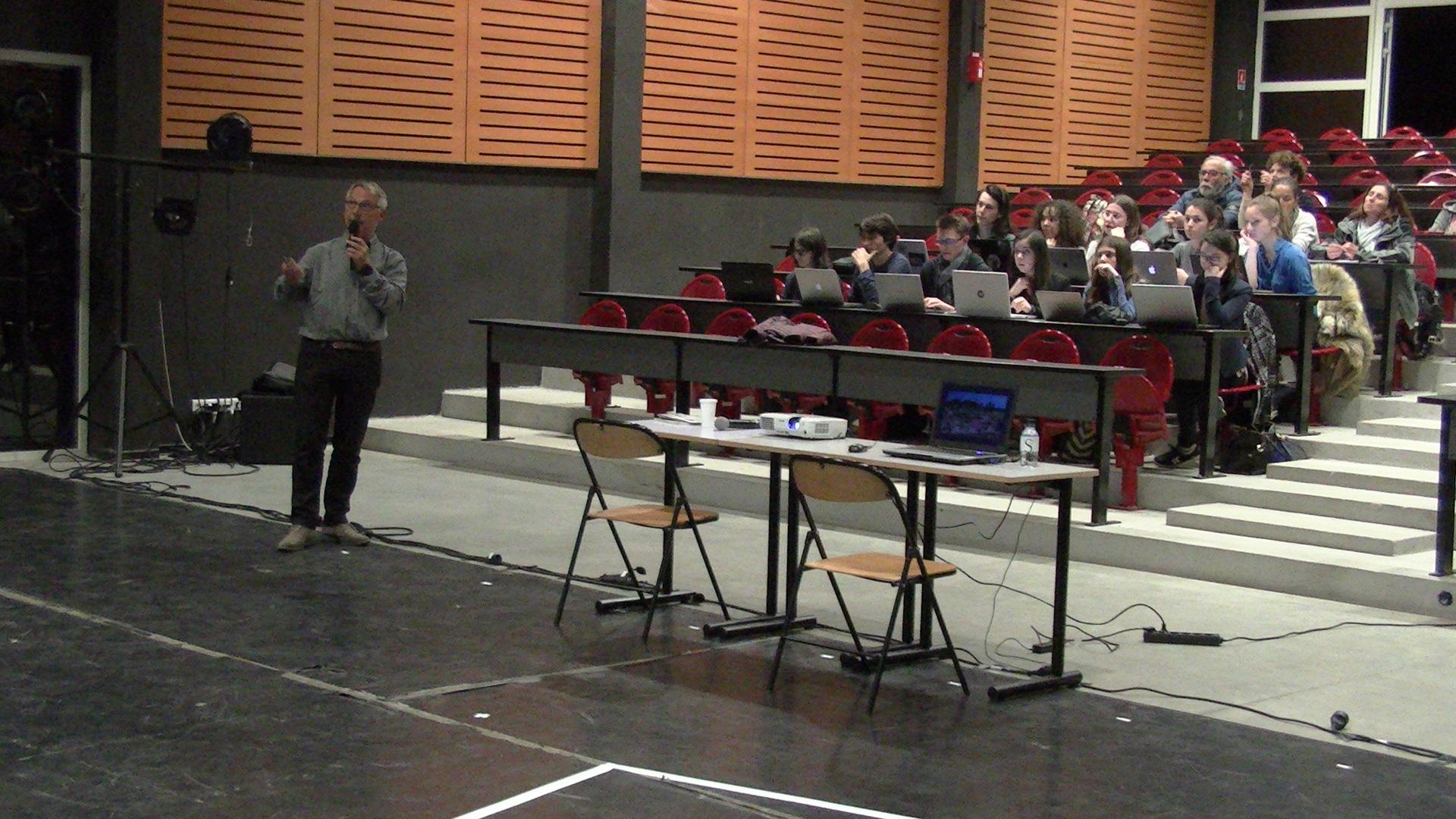 Le littoral est en danger ! Michel Muracciole, Délégué de Rivages du Conservatoire du littoral, l'a expliqué lundi soir à Bastia.