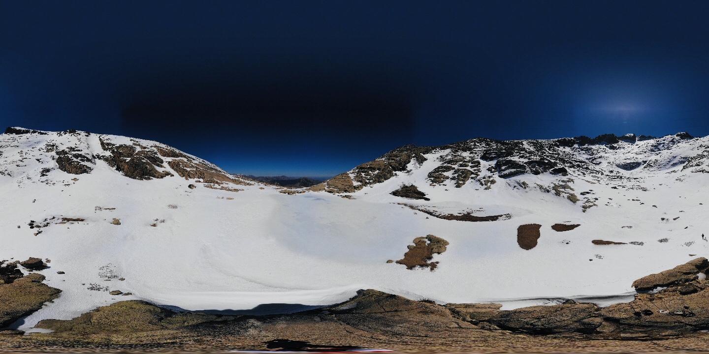 La photo du jour : Le Lac de l'Oriente enneigé