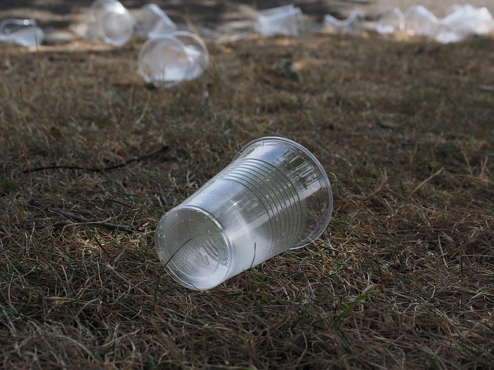Halte au plastique : plusieurs objets jetables interdits dans l'UE dès 2021