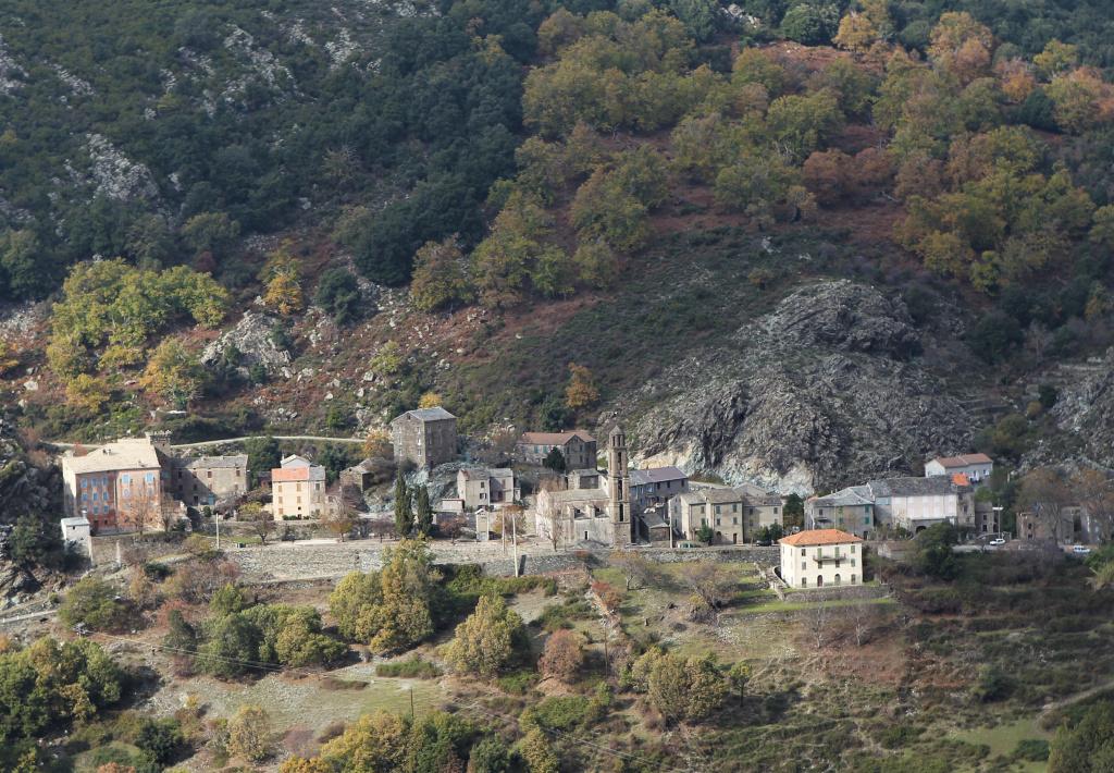 village de Matra, en Castagniccia ©Michel Luccioni