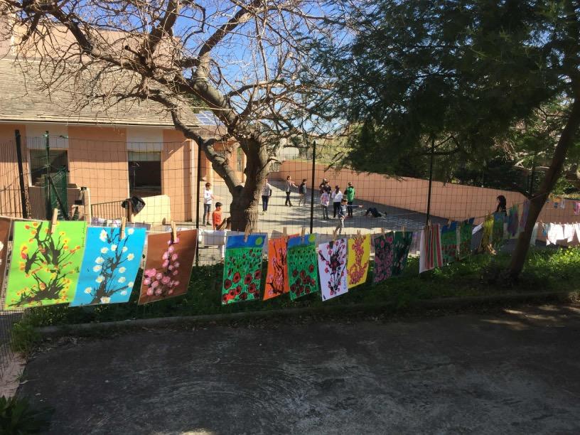 La grande lessive étendue à l'école d'Erbalonga