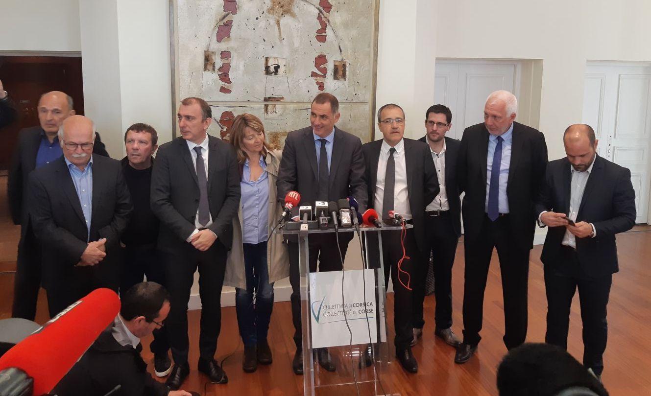 Les présidents Simeoni et Talamoni invitent Emmanuel Macron à échanger avec eux à l'assemblée de Corse