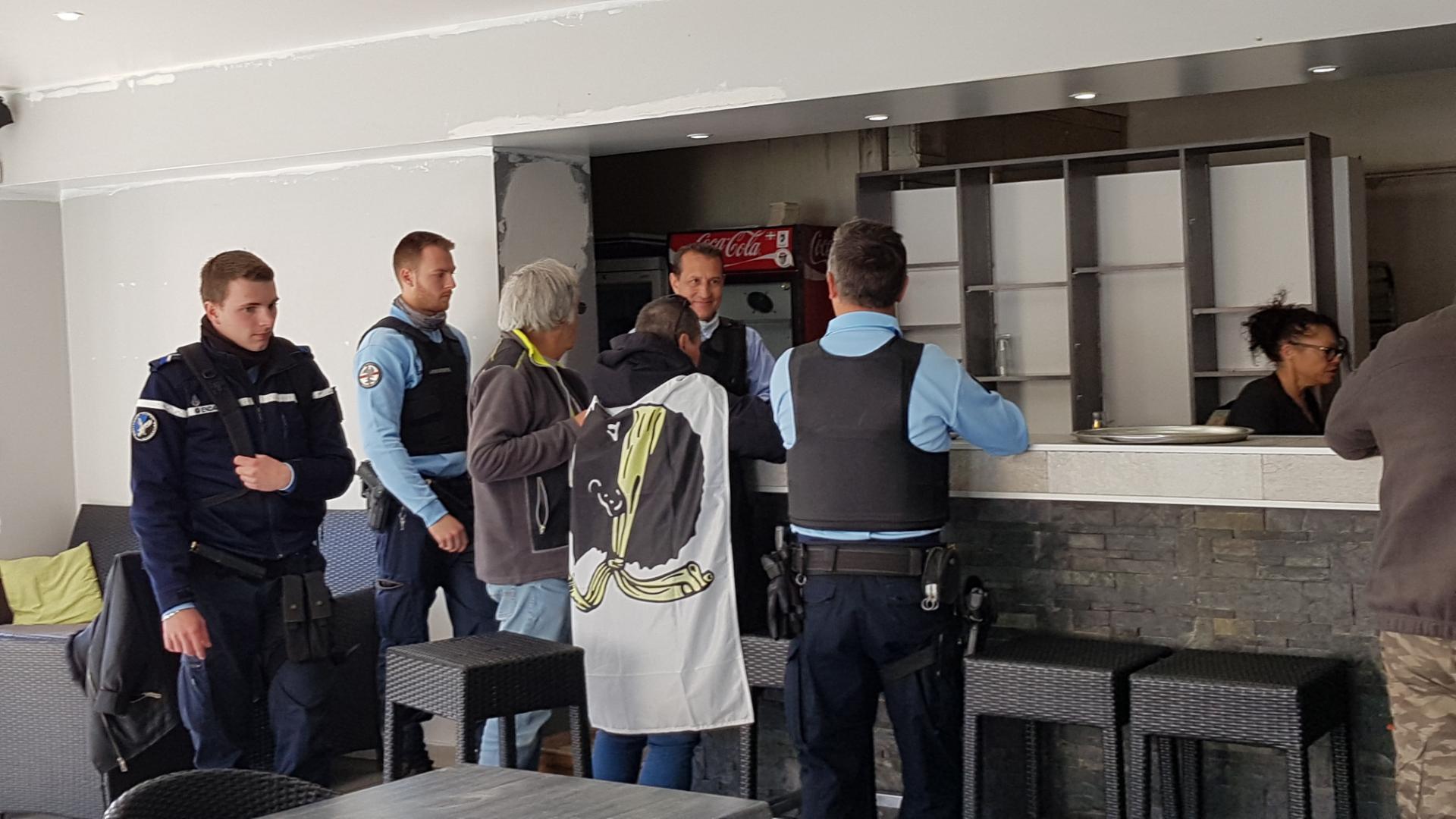 Gilets Jaunes  de Haute-Corse : Bloqués à Cuzzà et escortés jusqu'à Bastia !