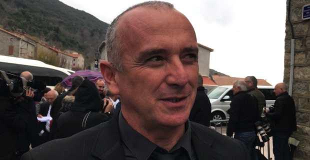 David Brugioni, maire de Centuri, à son arrivée à Cuzzà.