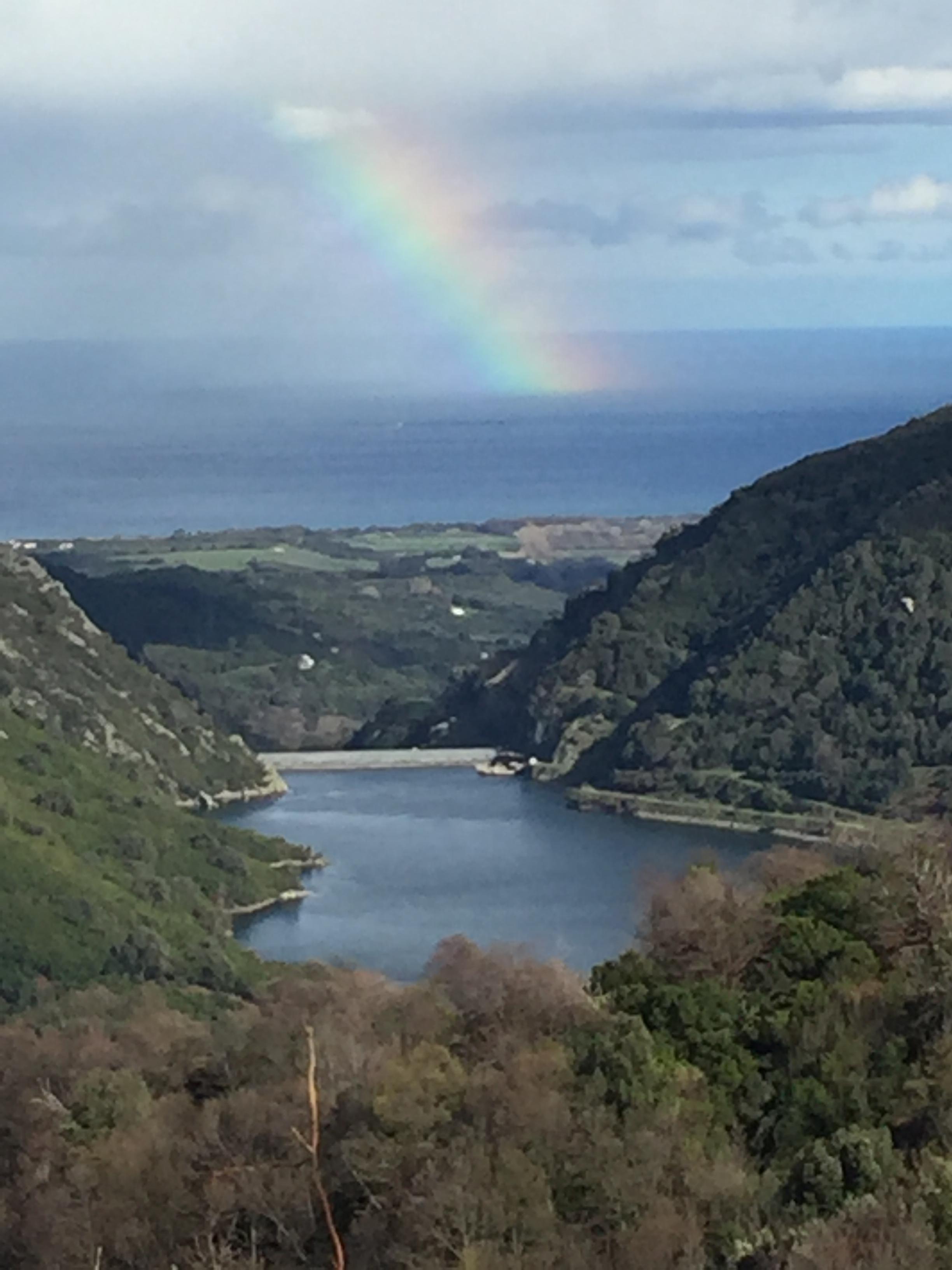 La photo du jour : Le barrage de l'Alesani, la Tyrrhénienne et l'arc-en-ciel