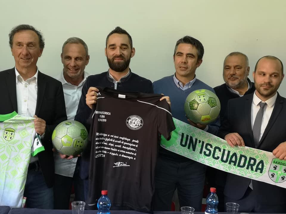 E duie delegazione presentanu u scontru internaziunale tra Corsica e Sardegna, u 2 di Ghjunghju 2019