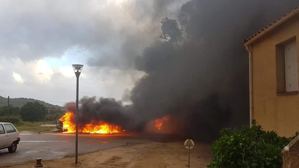 L'incendie a été suivi de plusieurs explosions