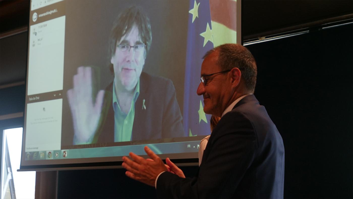 """""""Futur de la démocratie en Europe"""" : De Bruxelles à Ajaccio, la voix de Carles Puigdemont…"""