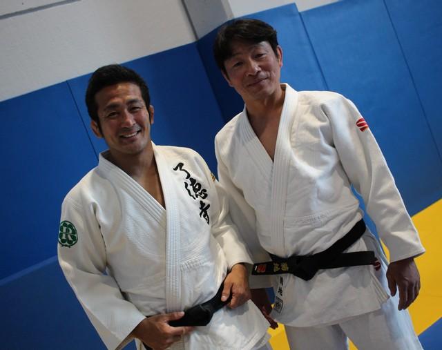 Hiroyuki Akimoto (à gaucvhe) et Eiji Kikuchi