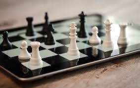 Ghisonaccia : Un tournoi d'échecs et des récompenses pour les 3 champions de France