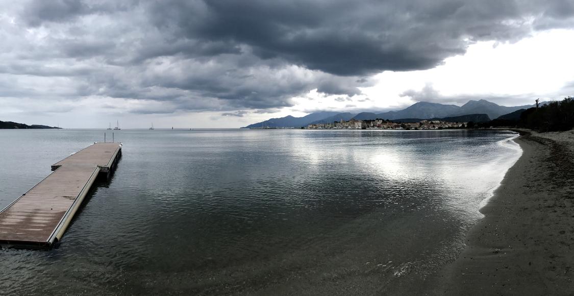 La photo du jour : à Saint Florent avant l'orage