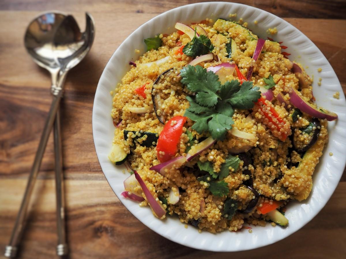 A table : La salade de quinoa au poulet et légumes croquants d'Anne-Flore