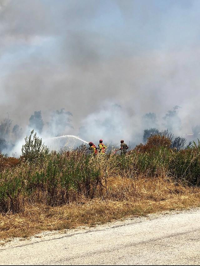 A Calenzana, les pompiers s'activent  aussi au sol pour venir às