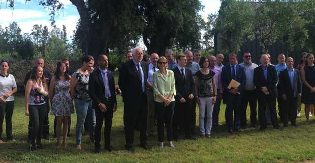 Les participants au Comité hydrique autour de la préfète Josiane Chevalier et du président de l'OEHC, Saveriu Luciani.