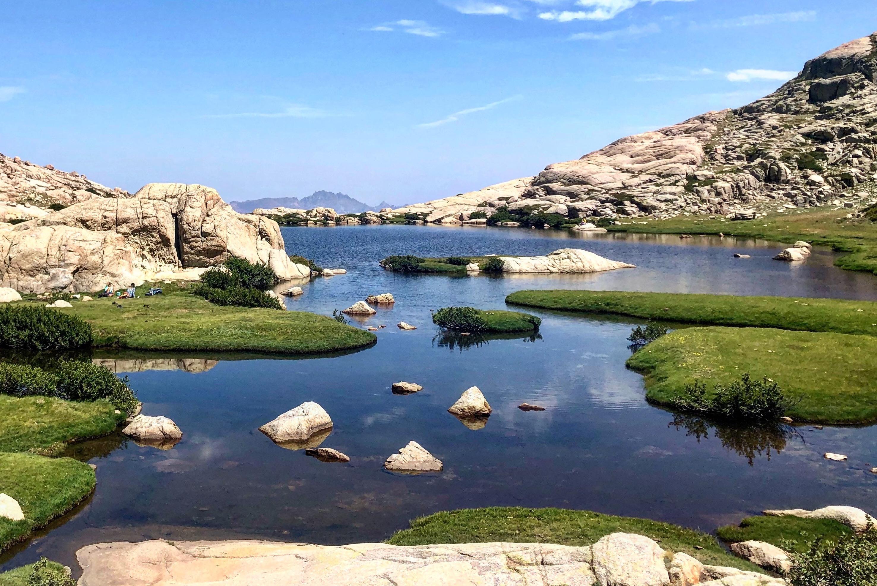 La photo du jour : le superbe lac de l'Oriente