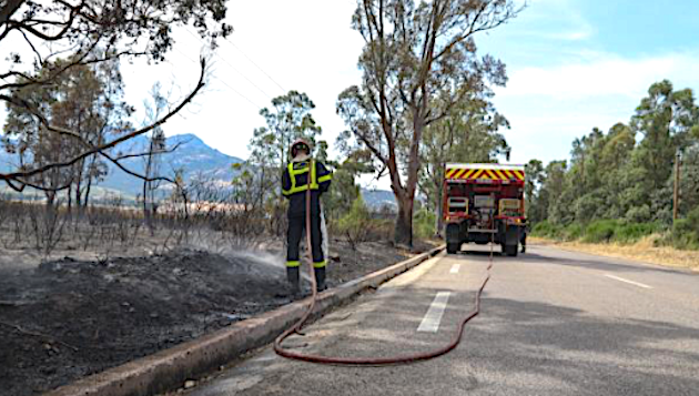 Les formations militaires de la sécurité civile (ForMiSC) actives contre les feux de forêts en Corse