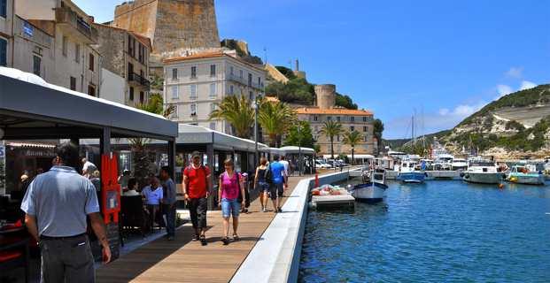 La commune de Bunifaziu dans l'Extrême Sud st au coeur de la spéculation immobilière qui sévit en Corse.