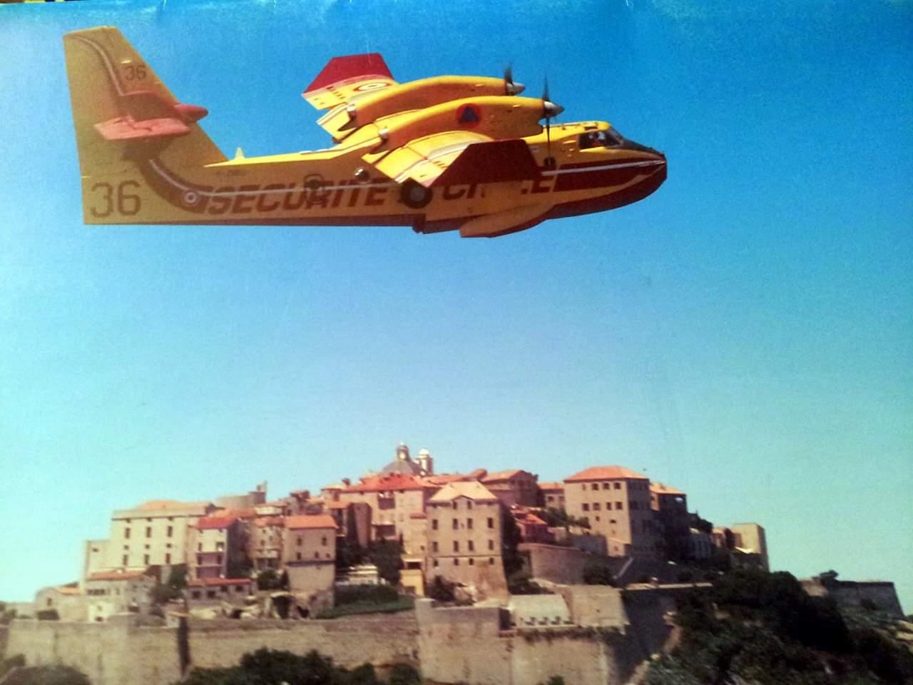 Le 1er Août 2005 le Canadair se disloquait en vol : Cérémonie à Calvi à la mémoire  des pilotes Ludovic Piasentin et Jean-Louis de Bénédict