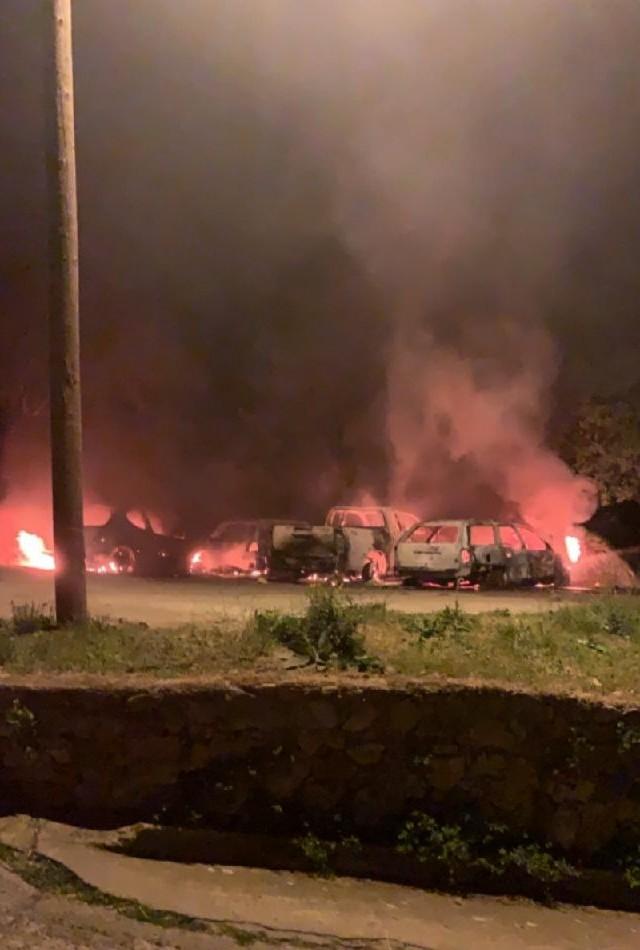 Quatre véhicules incendiés à Felicetu