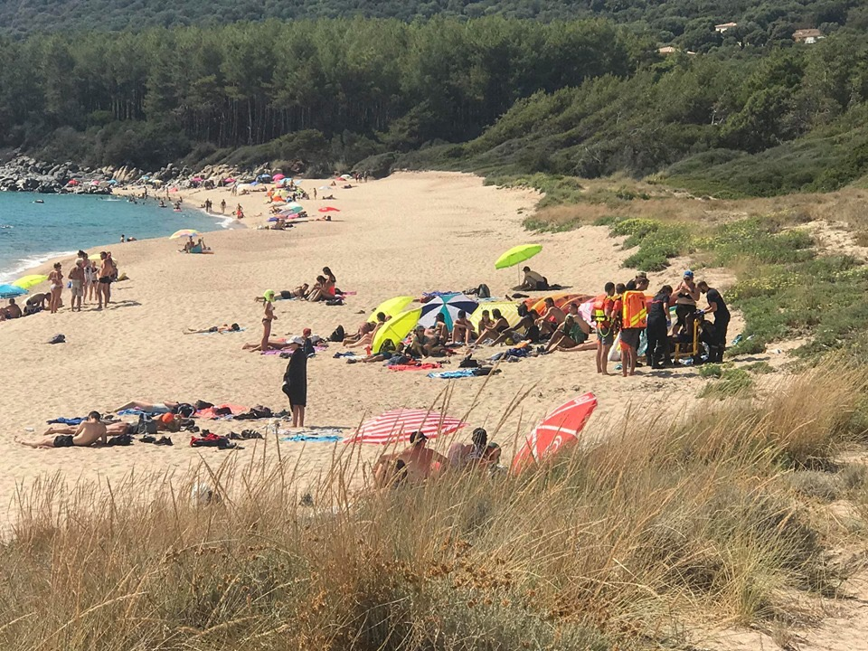 Vague de coups de chaleur sur la plage d'Olmeto. La SNSM et les pompiers secourent plusieurs enfants