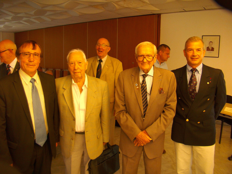 Parmi 4 candidats, le colonel Dominique Orsetti (à l'extrême droite de la photo) a été elu vice-président de la commission Mémoire