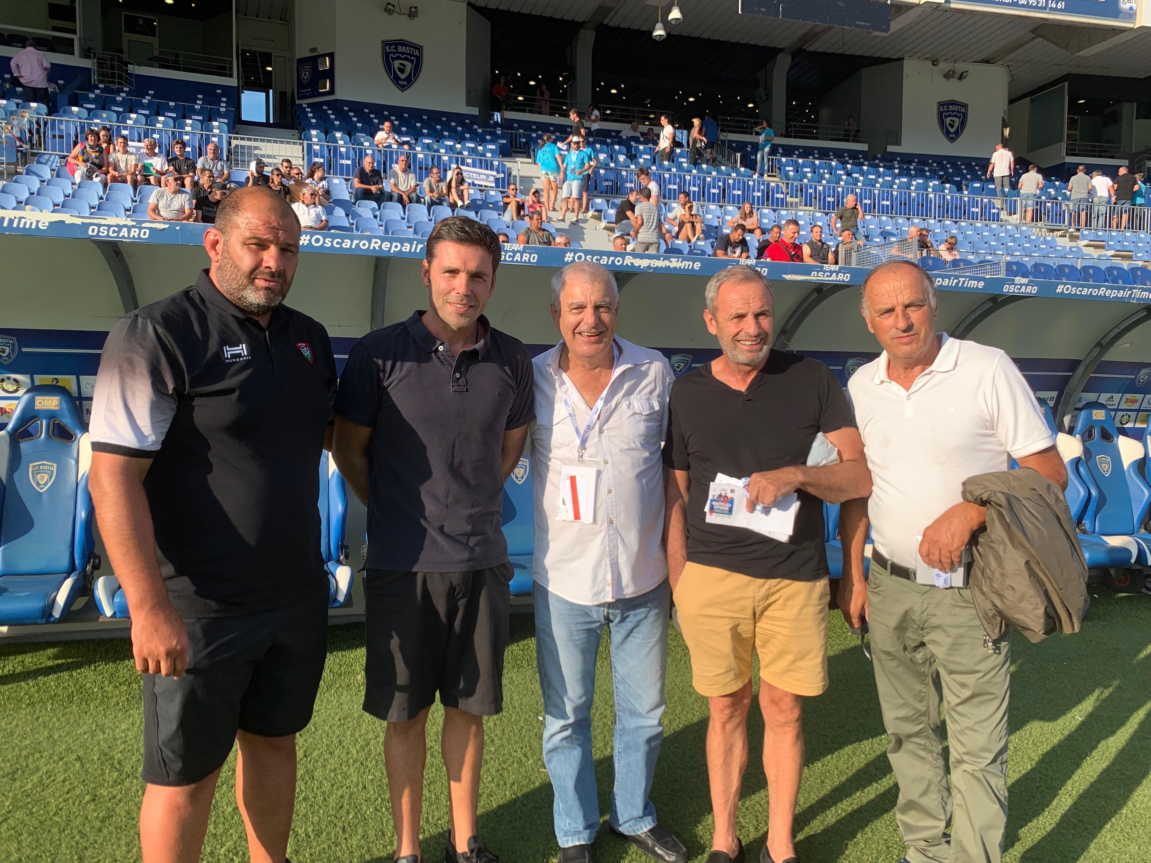 Les ambassadeurs de la ligue contre le cancer autour de Marc Germain, président de Haute-Corse