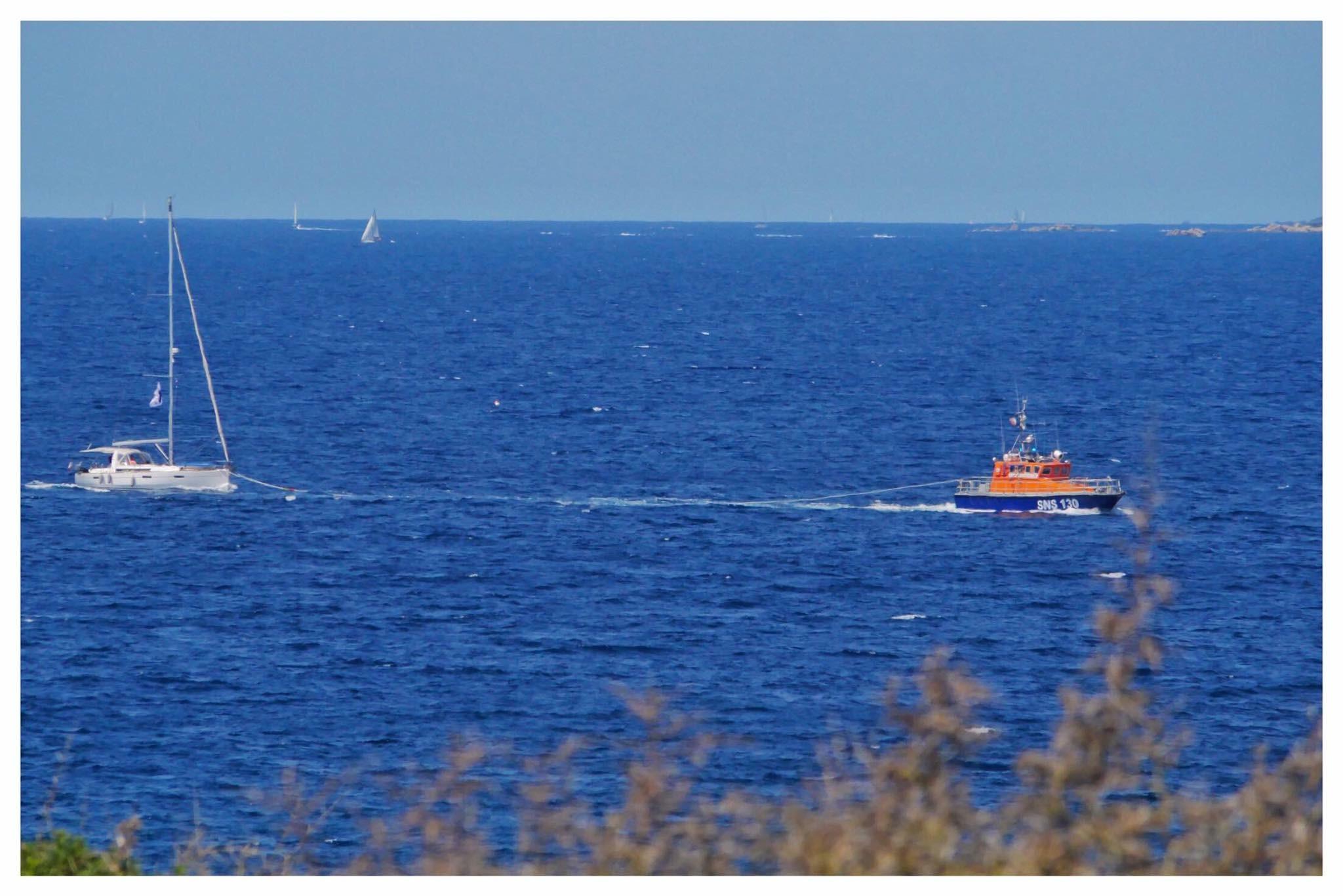 Murtoli : Un voilier à la dérive secouru par la SNSM de Propriano