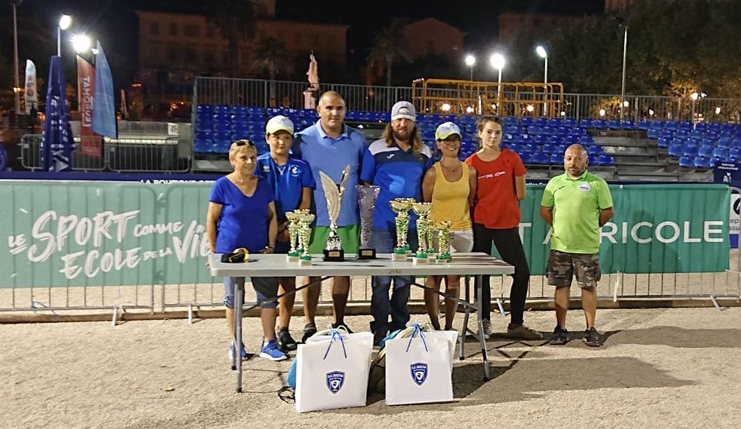 Jean-Dominique Fieschi, Vincente Hernandez et Jean-Dominique Fieschi Junior ont remporté le concours de famille